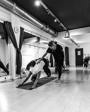 Tiffay Knafo yoga aromathérapie paris