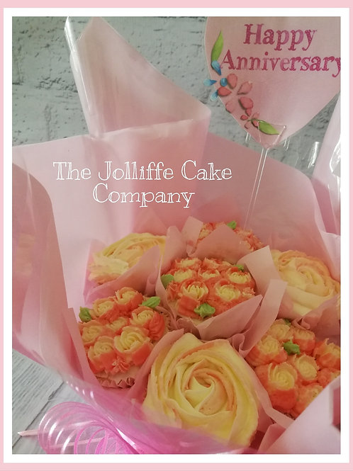 Cupcake Bouquet Roses & Buds 7 Cup