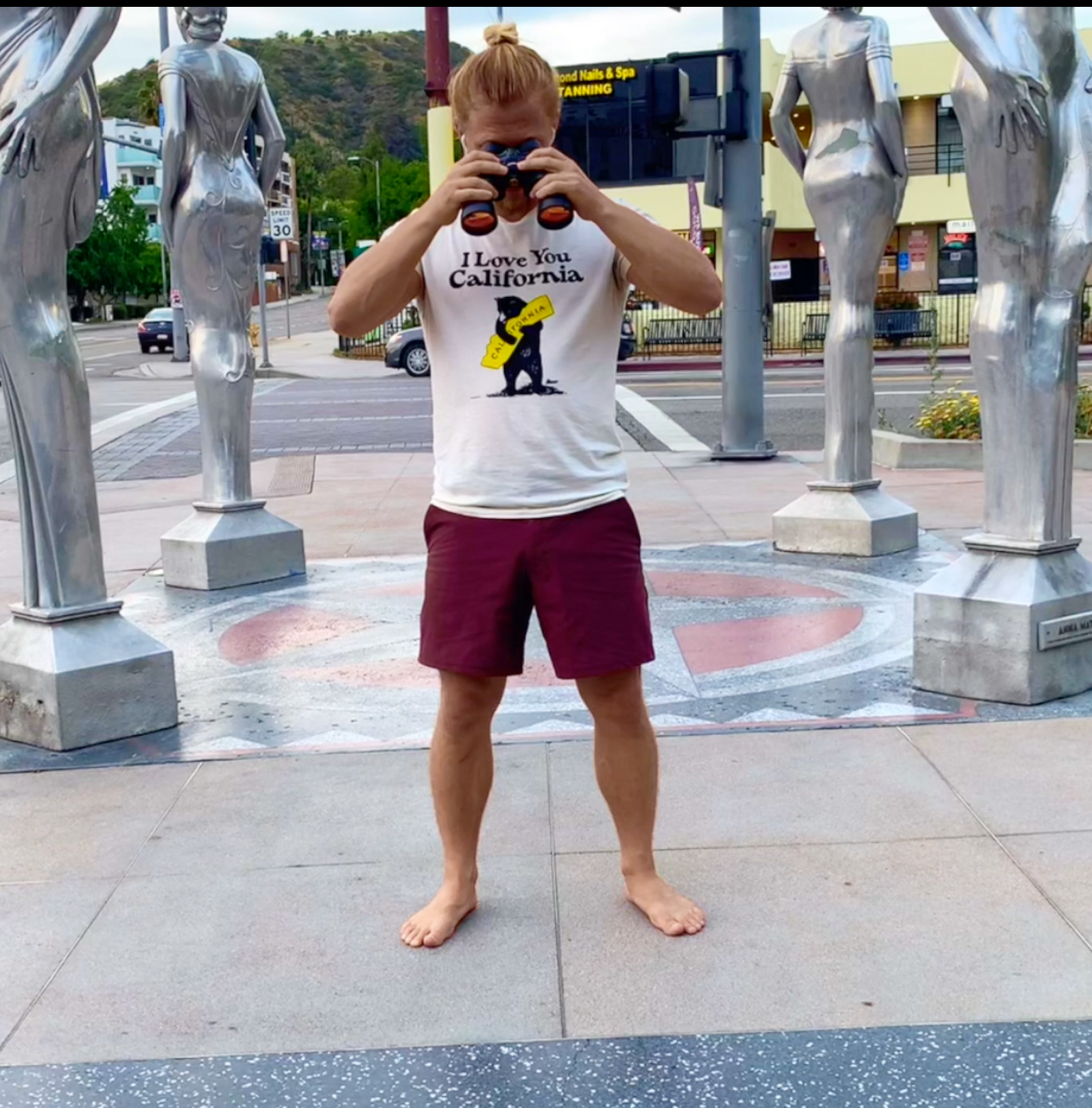 Hollywood Triangles / #SixPackCity
