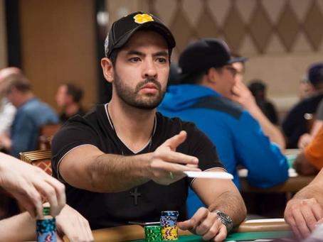 Dica de Poker - Quando foldar um KK ou AA pré-flop?