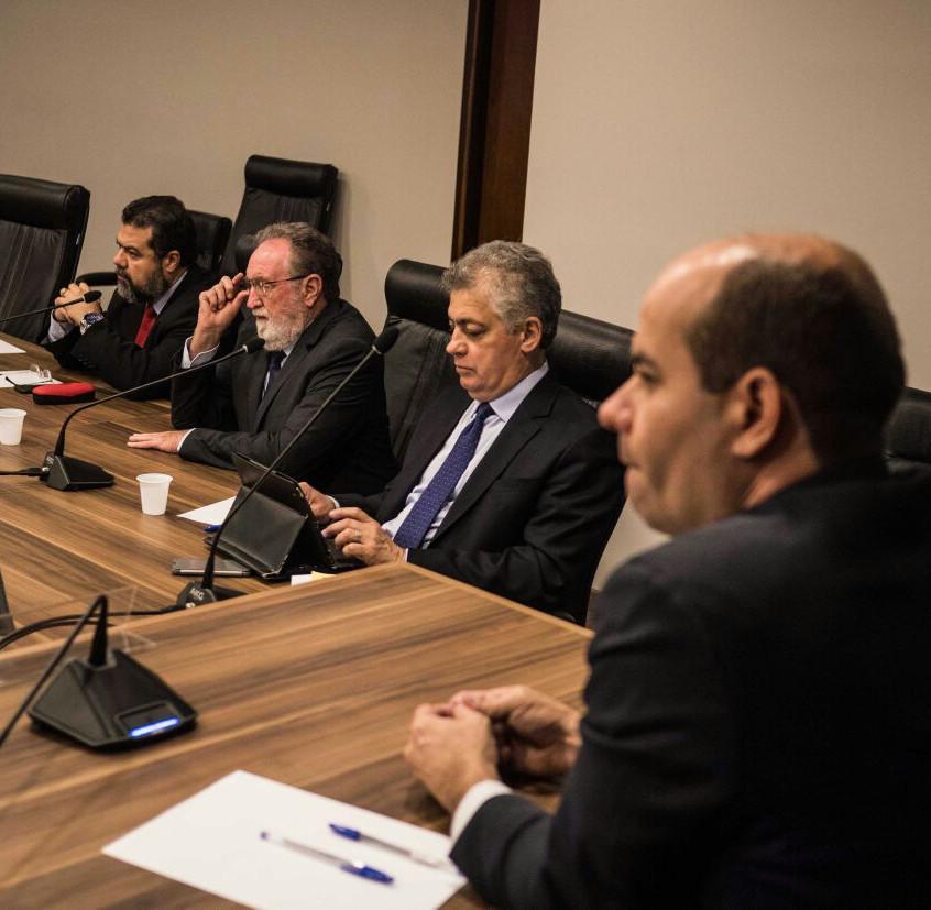 Reunião_Diretas_Já_03_Foto_Isa_Ianave