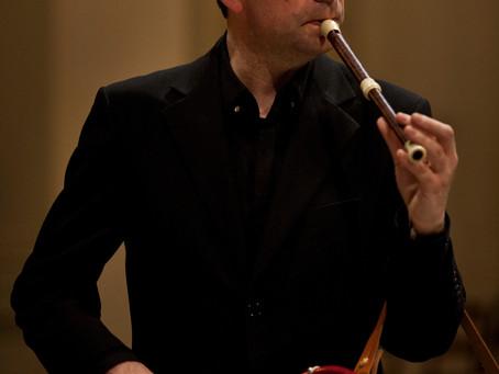 Solo Música com as flautas de Poul Høxbro, nesta terça (24)