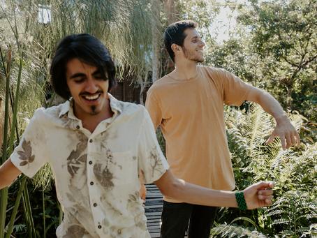 Gui Franzói e Vitor Soltau lançam clipe do single Eu Tô Querendo Viver