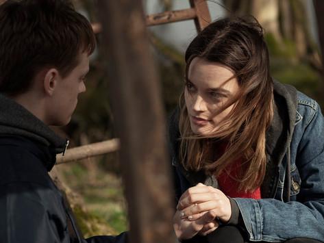 'O Segredo do Lago' e 'Linha Tênue' estreiam dia 8 no Cinema Virtual