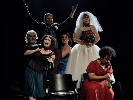 Renata Sorrah volta a Curitiba em maio com a peça KRUM, em parceria com a Companhia Brasileira de Te