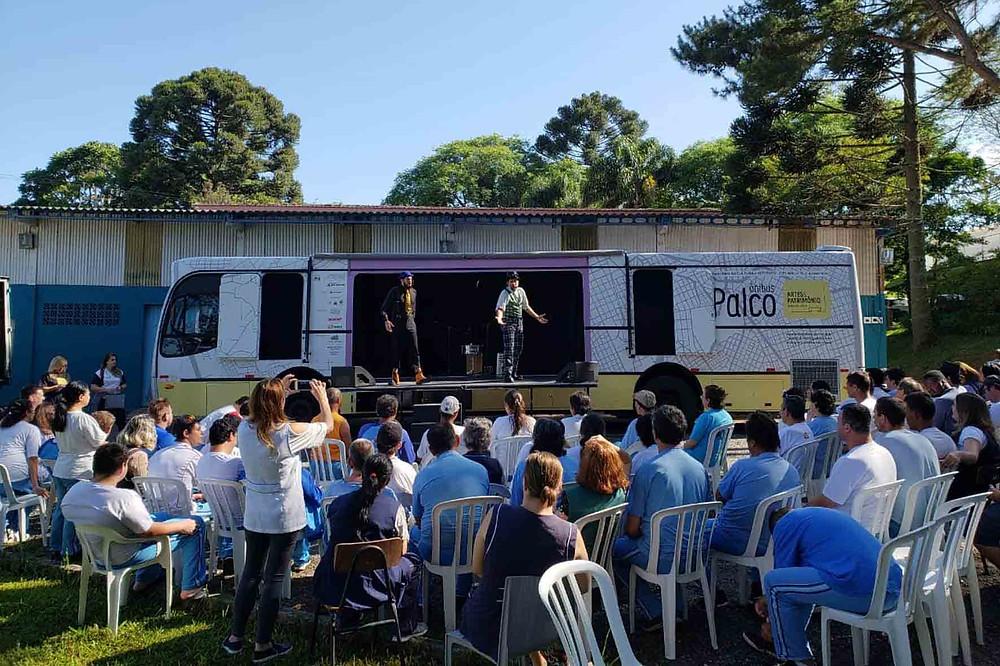 ônibus palco curitiba