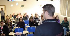Fundação triplica meta e supera os 3mil alunos certificados no Paraná