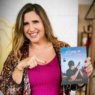 Escritora Liz Vecci estreia com O Farol de Bill Baggs