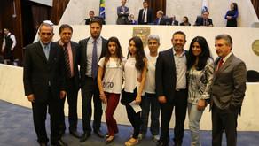 Na Assembleia Legislativa, estudantes defendem legitimidade das ocupações