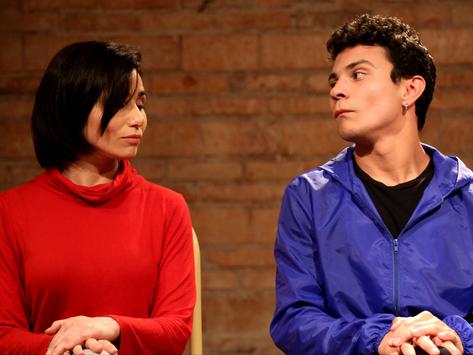 """Espetáculo teatral """"Eu Nunca Beijei a Débora Bloch"""" entra em cartaz dia 8 e traz participa"""