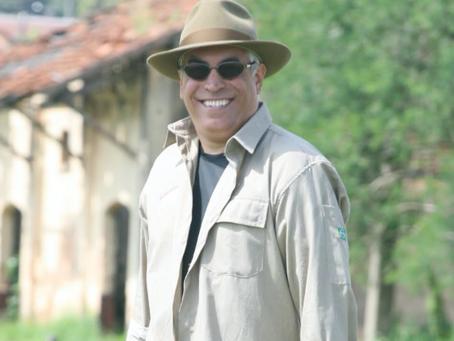 Jornalista Eduardo Sona lança livro sobre a esperança