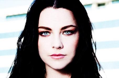 Novo álbum de Evanescence sai em março, mas pré-venda já está aberta