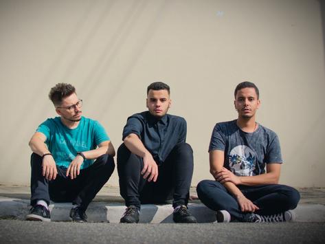 Banda paulistana Power Supply lança primeiro Single de novo disco