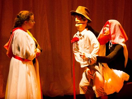 Cia Laica apresenta espetáculo musical com teatro de animação para crianças