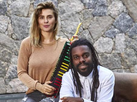 Sábado e Domingo tem Karolkê, novo projeto da atriz Carolina Dieckmann e do músico Feyjão