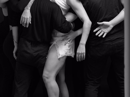 While You Sleep, no palco do Teatro Fernanda Montenegro