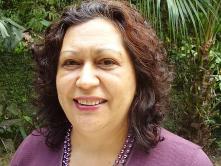 Bate-papo e lançamento do livro Políticas Públicas para a Cultura com a escritora Luzia Aparecida Fe