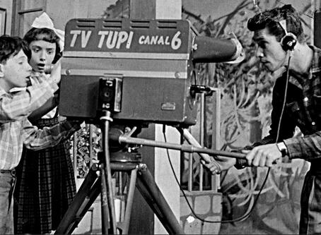 Livro traz a história dos 70 anos da TV brasileira
