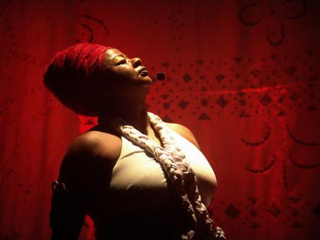 Rosas Negras ganha catálogo digital e lançamento será esta semana