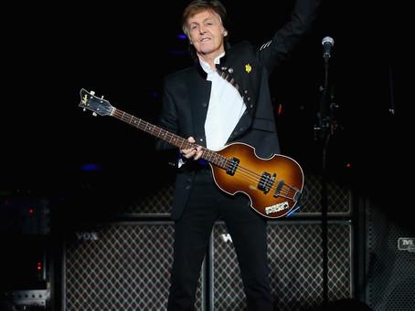 Paul McCartney enlouquece fãs com vídeo chamando para show em Curitiba, no dia 30 de março