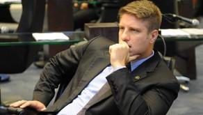 Deputado pede informações à SEED sobre fechamento de escolas