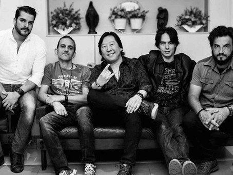 Dia Mundial do Rock com show da banda Heartfield, no Sheridans