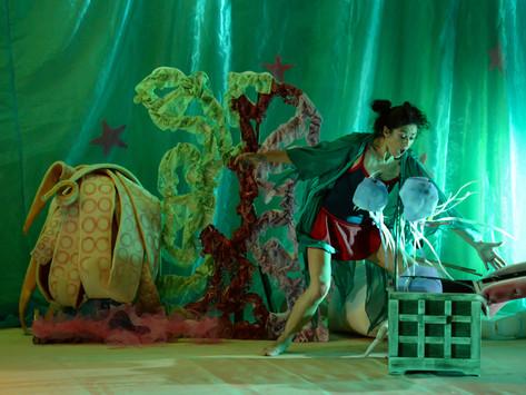 """Espetáculo de dança """"A Maré de Maria"""" mostra grandes aventuras no fundo do mar"""