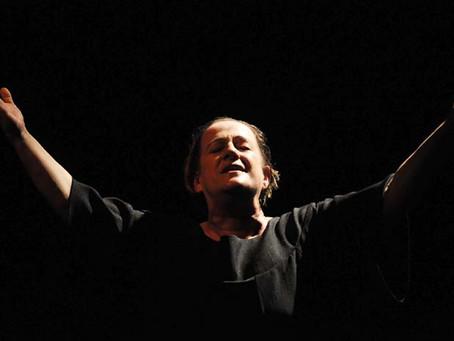 Mostra cultural celebra vida e obra de Claudete Pereira Jorge, grande atriz do teatro paranaense