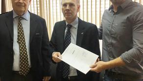Senador Requião e Deputado Requião Filho levam questão do desemprego do SindiAmarradores de Paranagu