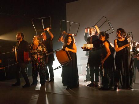 Grupo Galpão encerra turnê no Guairinha, com peça dirigida por Marcio Abreu