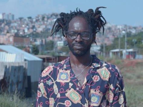 """Documentário """"Se Pá"""" traz a história de vida de um artista periférico"""