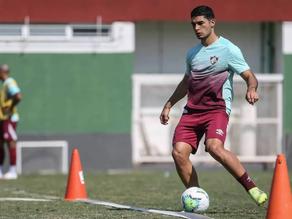 Fluminense aceita oferta de clube de Odair Hellmann e Michel Araújo será emprestado