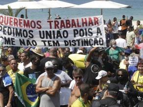 Primeiro dia de feriado é marcado por Aglomeração e manifestação nas ruas do RJ - SUPER TOP FM 89.9