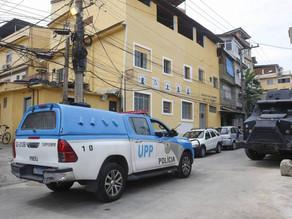 Chefe do Comando Vermelho é preso em operação da PM no Morro da Previdência - SUPER TOP FM 89.9