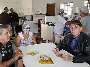Forças Armadas devem começar a vacinar população, diz Bolsonaro - SUPER TOP FM 89.9