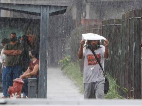 Inverno se despede com chuva forte, bolsões de água e queda de árvores no Rio - ONDA CERTA FM