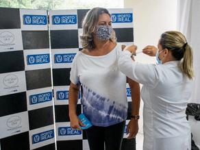 Trabalhadores da educação básica do Rio vacinam nesta quarta-feira - SUPER TOP FM 89.9