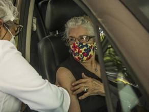 Divulgado o novo calendário de vacinação do Rio para pessoas com 60 anos ou mais - SUPER TOP FM 89.9