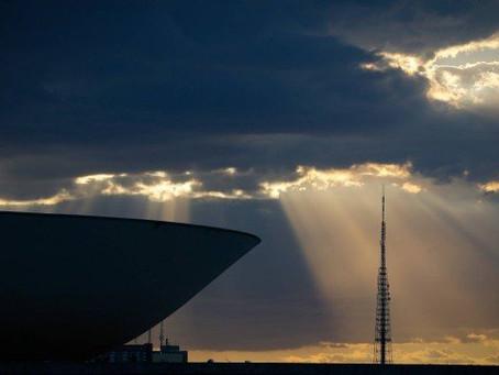 Código de Trânsito: Senado aumenta prazo para renovação da carteira - ONDA CERTA FM