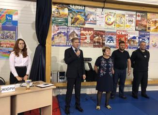 В ФОКе «Невский» проходит праздничное мероприятие «Веселые старты», посвященное Дню рождению ФОКа.