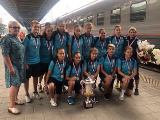 31.07.19 г встретили команду девушек СШОР-11- победителей Международного турнира в Дании. Спасибо тр