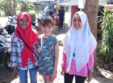 In seinem Dorf im Norden von Lombok sind wir die Exoten