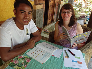 Improvisation und Rollenspiele: Wie wir auf Lombok zusammen Deutsch lernen