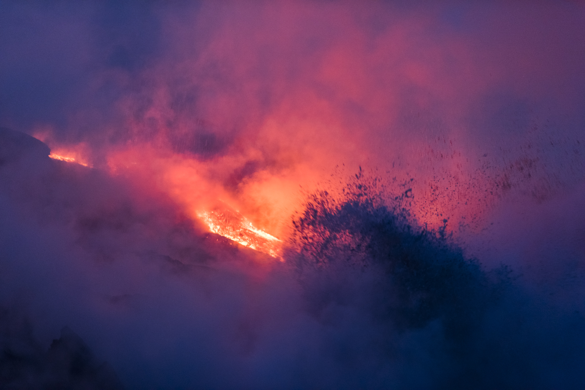 Lava Ocean Entry By Boat Copyright Denesa Chan-1184