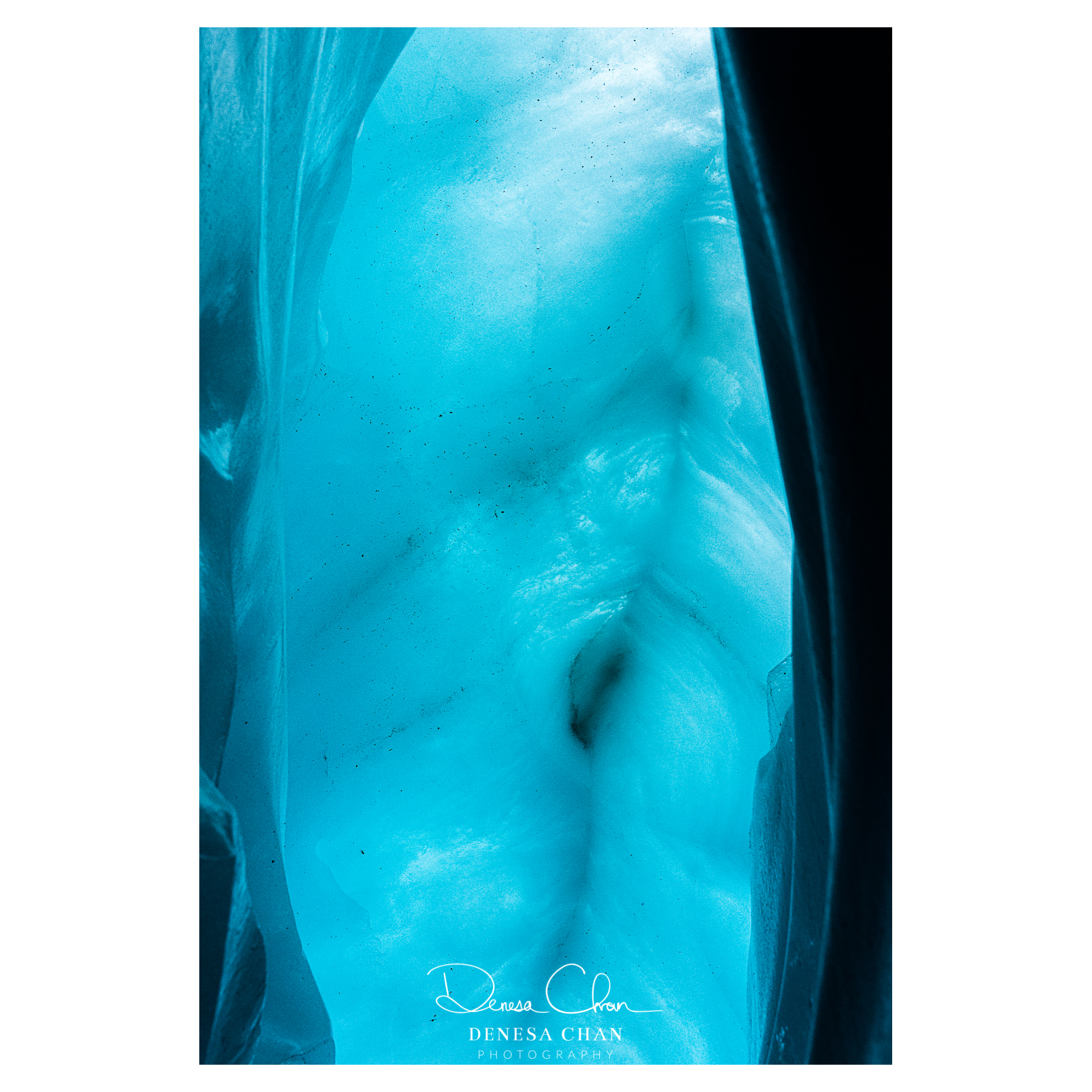 Ice_Cave_Blue_Abstract_South_Island_New_Zealand_©_Denesa_Chan_Photography_4787