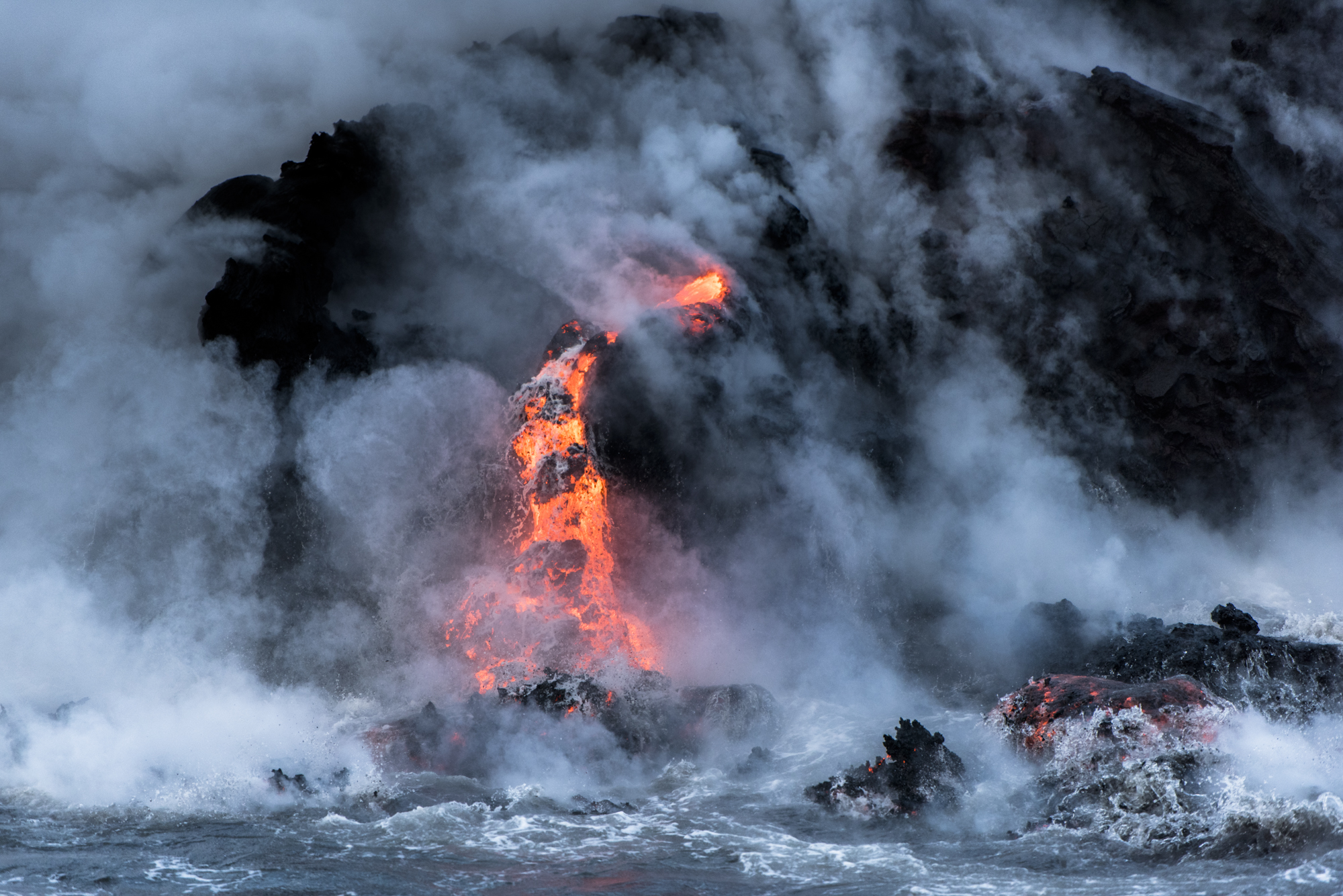 Lava Ocean Entry By Boat Copyright Denesa Chan-4085