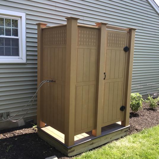Custom Ecolattice shower in natural