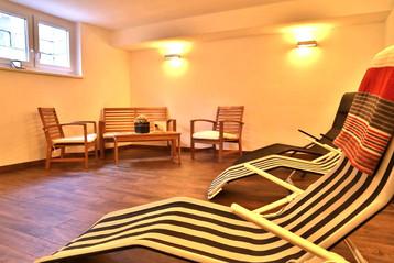 Sauna Ruheraum.jpg
