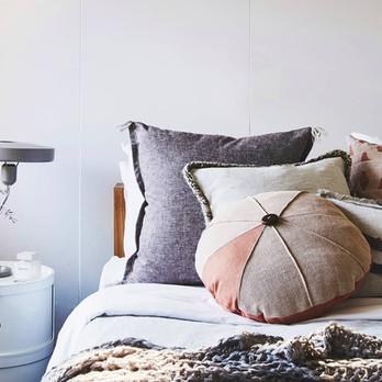 CLAY round cushion