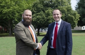 Thomas Keegan of DBD and Ian Chapman of UKAEA mark the agreement of the £5m H3AT contract